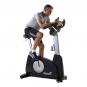 Cvičení na posilovacím stroji Tunturi platinum PRO Upright Bike